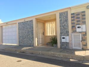 Casa En Ventaen Punto Fijo, Pedro Manuel Arcaya, Venezuela, VE RAH: 19-15166