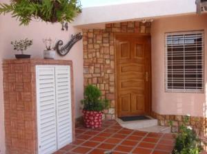 Casa En Ventaen Turmero, Parque Residencial Araguaney Ii, Venezuela, VE RAH: 19-15185