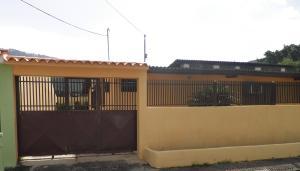 Casa En Ventaen Municipio Naguanagua, El Naranjal, Venezuela, VE RAH: 19-15299