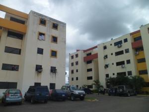 Apartamento En Ventaen Municipio Los Guayos, Paraparal, Venezuela, VE RAH: 19-15313