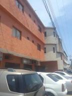 Apartamento En Alquileren Ciudad Ojeda, Bermudez, Venezuela, VE RAH: 19-15464
