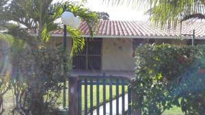 Townhouse En Ventaen Higuerote, Palm Beach, Venezuela, VE RAH: 19-15368