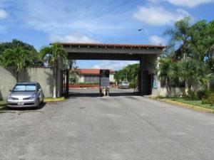 Townhouse En Ventaen Higuerote, Palm Beach, Venezuela, VE RAH: 19-15369