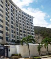 Apartamento En Ventaen Parroquia Caraballeda, Caribe, Venezuela, VE RAH: 19-15373