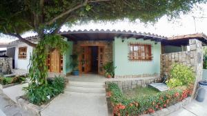 Casa En Ventaen Cabudare, Parroquia Cabudare, Venezuela, VE RAH: 19-15424