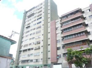 Apartamento En Ventaen San Antonio De Los Altos, Los Salias, Venezuela, VE RAH: 19-15491