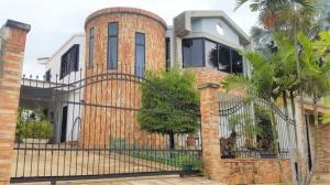 Casa En Ventaen Valencia, El Bosque, Venezuela, VE RAH: 19-15449