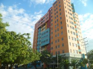 Apartamento En Ventaen Municipio Naguanagua, Maã±Ongo, Venezuela, VE RAH: 19-15818