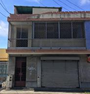 Consultorio Medico  En Alquileren Barquisimeto, Centro, Venezuela, VE RAH: 19-15497