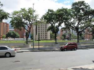 Local Comercial En Alquileren Caracas, Las Mercedes, Venezuela, VE RAH: 19-15518
