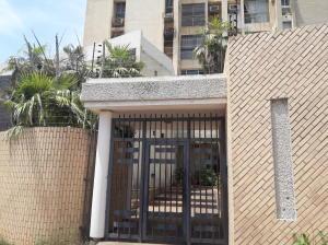 Apartamento En Ventaen Maracaibo, Santa Rita, Venezuela, VE RAH: 19-15564