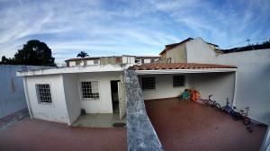 Casa En Ventaen Barquisimeto, Fundacion Mendoza, Venezuela, VE RAH: 19-15615