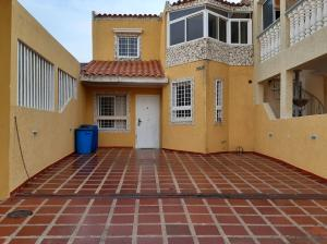 Townhouse En Ventaen Maracaibo, Santa Fe, Venezuela, VE RAH: 19-15619