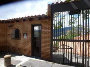 Townhouse En Ventaen Caracas, Lomas De La Trinidad, Venezuela, VE RAH: 19-15720