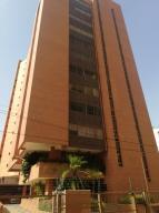 Apartamento En Alquileren Maracaibo, La Lago, Venezuela, VE RAH: 19-15660