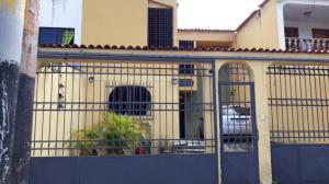 Casa En Ventaen Municipio San Diego, La Esmeralda, Venezuela, VE RAH: 19-15695
