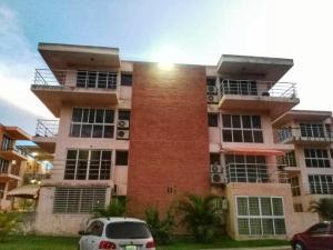 Apartamento En Ventaen Guatire, Las Bonitas, Venezuela, VE RAH: 19-15711
