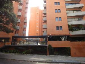 Apartamento En Alquileren Caracas, El Rosal, Venezuela, VE RAH: 19-15744