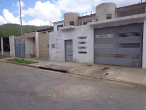 Casa En Ventaen La Victoria, El Recreo, Venezuela, VE RAH: 19-15756