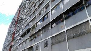 Apartamento En Ventaen Caracas, Propatria, Venezuela, VE RAH: 19-15966