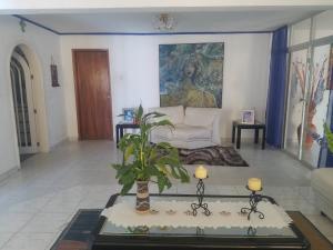 Casa En Ventaen Maracaibo, El Portal, Venezuela, VE RAH: 19-15795