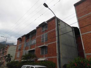 Apartamento En Ventaen Guarenas, Los Naranjos, Venezuela, VE RAH: 19-15801