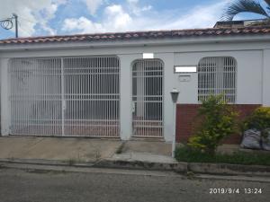 Casa En Ventaen Maracay, Villas De Aragua, Venezuela, VE RAH: 19-15817