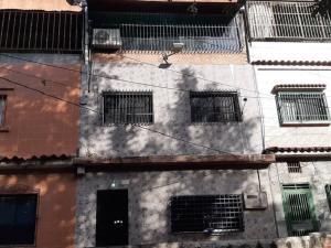 Casa En Ventaen Caracas, Catia, Venezuela, VE RAH: 19-15948