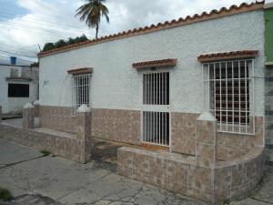 Casa En Ventaen Maracay, 23 De Enero, Venezuela, VE RAH: 19-15870