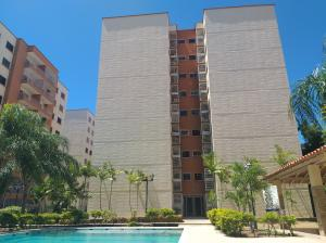Apartamento En Ventaen Barquisimeto, Parroquia Catedral, Venezuela, VE RAH: 19-15891