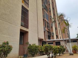 Apartamento En Alquileren Maracaibo, La Paragua, Venezuela, VE RAH: 19-15896
