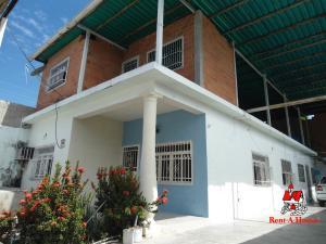 Casa En Ventaen Maracay, Santa Rita, Venezuela, VE RAH: 19-15965