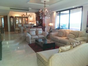 Apartamento En Ventaen Maracaibo, El Milagro, Venezuela, VE RAH: 19-16001