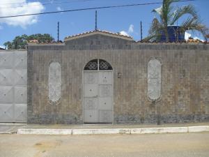 Casa En Ventaen Yaritagua, Municipio Peña, Venezuela, VE RAH: 19-16005
