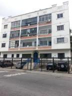 Apartamento En Ventaen Caracas, Los Chaguaramos, Venezuela, VE RAH: 19-16021