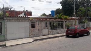 Casa En Ventaen Maracay, Campo Alegre, Venezuela, VE RAH: 19-16054