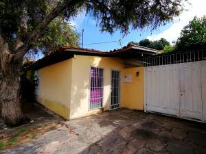 Casa En Ventaen Cabudare, Parroquia José Gregorio, Venezuela, VE RAH: 19-16058