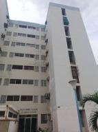 Apartamento En Ventaen Maracaibo, Ciudadela Faria, Venezuela, VE RAH: 19-16191