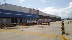 Galpon - Deposito En Alquileren Valencia, Zona Industrial El Recreo, Venezuela, VE RAH: 19-16677