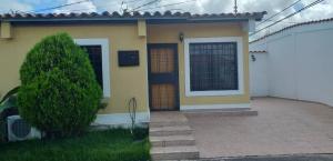 Casa En Ventaen Cabudare, Parroquia José Gregorio, Venezuela, VE RAH: 19-16219