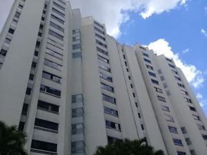 Apartamento En Ventaen Caracas, Bello Monte, Venezuela, VE RAH: 19-16477