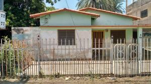 Casa En Ventaen Ciudad Ojeda, Calle Merida, Venezuela, VE RAH: 19-16254