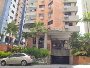 Apartamento En Ventaen Valencia, El Bosque, Venezuela, VE RAH: 19-16298