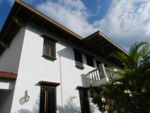 Casa En Ventaen Caracas, Los Naranjos Del Cafetal, Venezuela, VE RAH: 19-16342