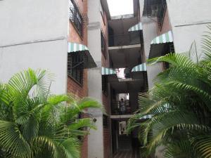 Apartamento En Ventaen Guarenas, Ciudad Casarapa, Venezuela, VE RAH: 19-16439