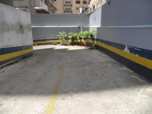 Local Comercial En Ventaen Caracas, Sabana Grande, Venezuela, VE RAH: 19-16512
