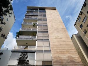 Apartamento En Ventaen Caracas, Los Palos Grandes, Venezuela, VE RAH: 19-16560