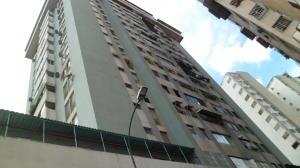 Apartamento En Ventaen Caracas, Parroquia La Candelaria, Venezuela, VE RAH: 19-16457