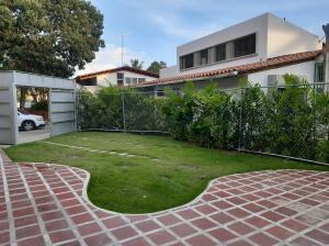 Anexo En Alquileren Caracas, Santa Fe Norte, Venezuela, VE RAH: 19-16466