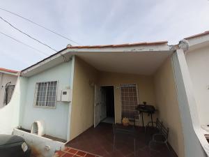 Casa En Ventaen Cabudare, Prados Del Golf, Venezuela, VE RAH: 19-16510